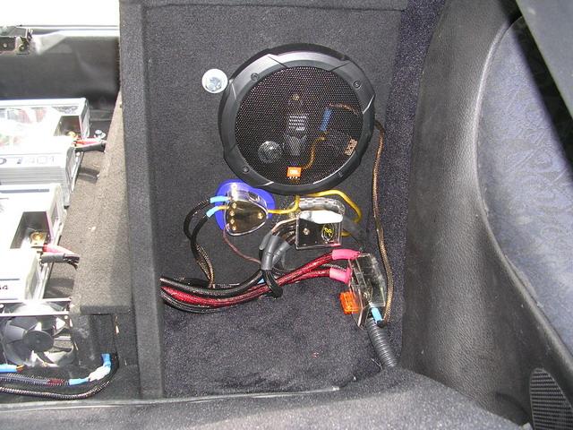 peugeot 206 from france car audio diymobileaudio com car rh diymobileaudio com Subwoofer Box Building Subwoofer Box Design